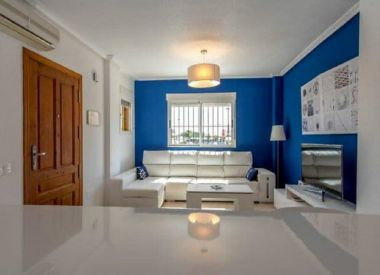 House in Punta Prima (Costa Blanca), buy cheap - 148 000 [66119] 3