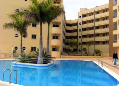 Apartments in Playa Paraiso (Tenerife), buy cheap - 179 000 [66395] 2