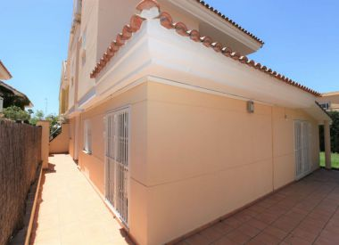 House in Valencia (Costa Blanca), buy cheap - 375 000 [66447] 10