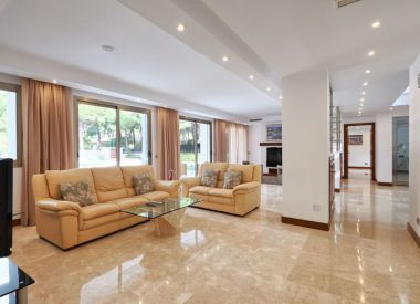 Villa in Marbella (Costa del Sol), buy cheap - 2 450 000 [66965] 5